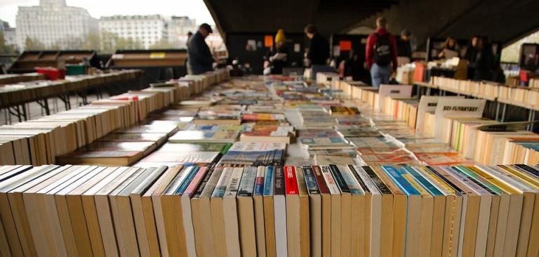 Boeken- en cd-verkoop